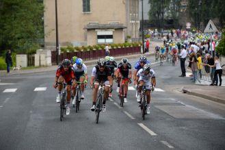 Cancellara también participó de las primeras acciones de ataque, pero cedió.