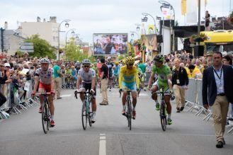 Kwiatkowski tiene la concesión del Maillot Blanc. Pertenece a Sagan, que también lidera la de los puntos.