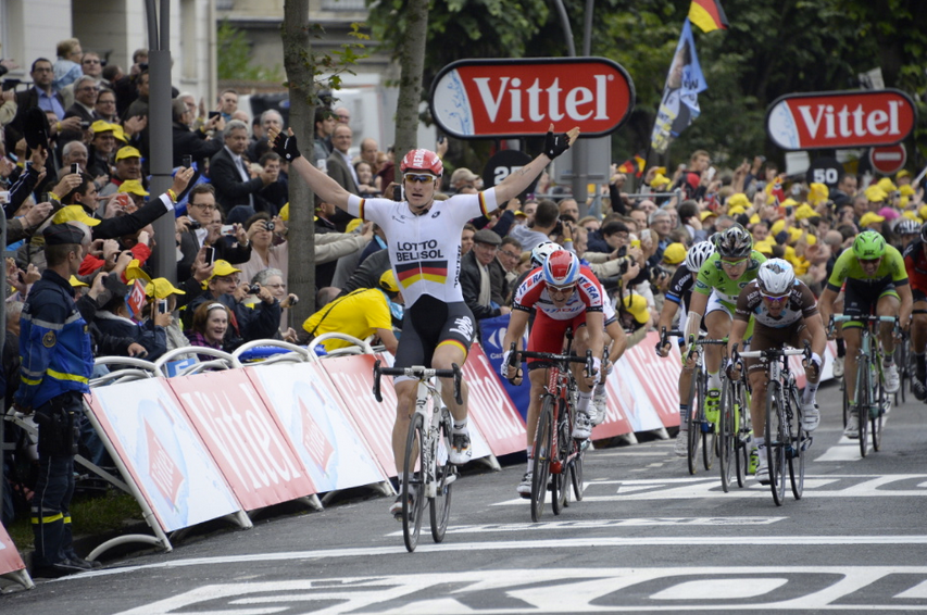 Andre Greipel cruza la meta primero en Reims. Sexta etapa del Tour de France 2014.