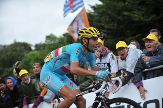 Nibali subió como un cohete el Col de La Planche des Belles Filles.