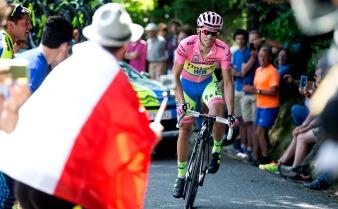 Contador ya no tiene como rival sino a la mala fortuna. Y a esa también parece vencerla.