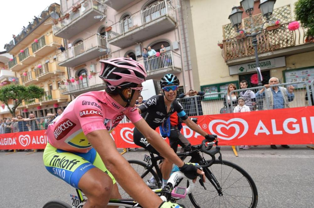 Porte y Contador protagonizaron un emocionante duelo, acompañados de dos hombres del Astana, Aru y Landa.