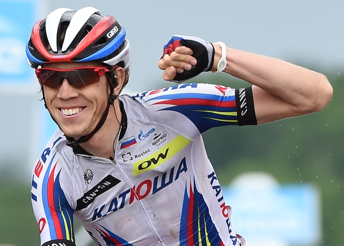 Debutante en el Giro,Ilnur Zakarin, se quedó con la undécima fracción en el mítico Imola.