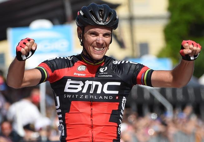 Pletórico Gilbert. Tres etapas en el Giro. Dos en esta edición.