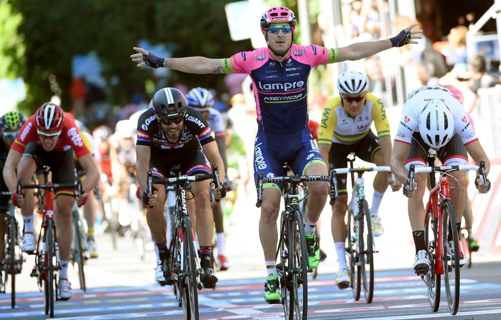 Sacha Modolo levanta por segunda vez los brazos en Lugano.