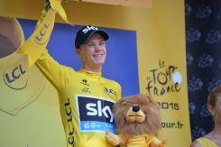 Chris Froome cada día mas feliz de ser el líder absoluto.