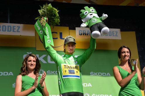 Peter Sagan vestido un día mas de verde.