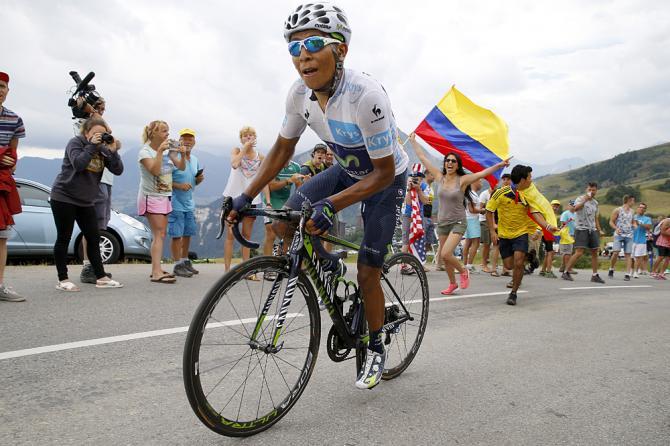 Quintana atacó, parado en pedales, y se fue a pura garra, hasta la meta.