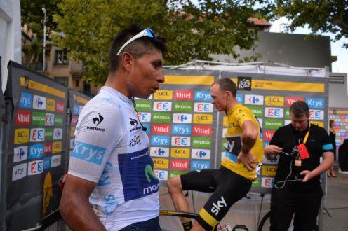 Nairo Quintana y Chris Froome en zona de recuperación tras finalizar la etapa.