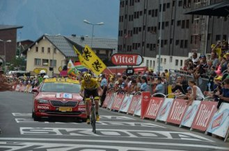 Christopher Froome, cruzó la meta en la tercera posición, detrás de Nairo Quintana.