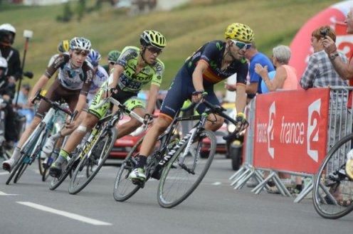 Romain Bardet, Alberto Contador y Alejandro Valverde, en sus últimos metros.