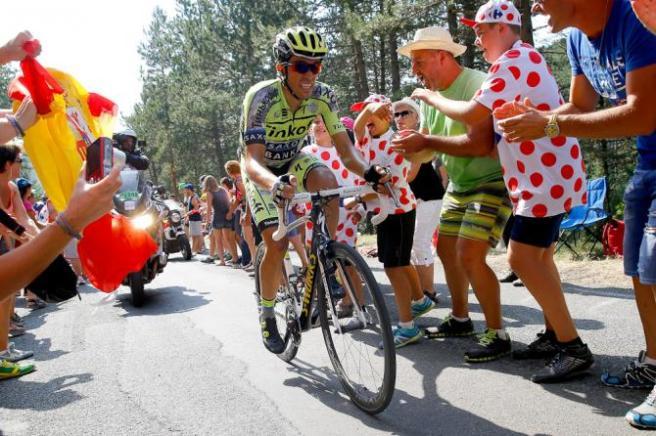 Alberto Contador durante el último ascenso de la jornada.
