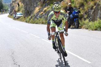 Alberto Contador atacó en el ascenso a Glandon, el pelotón no respondió.
