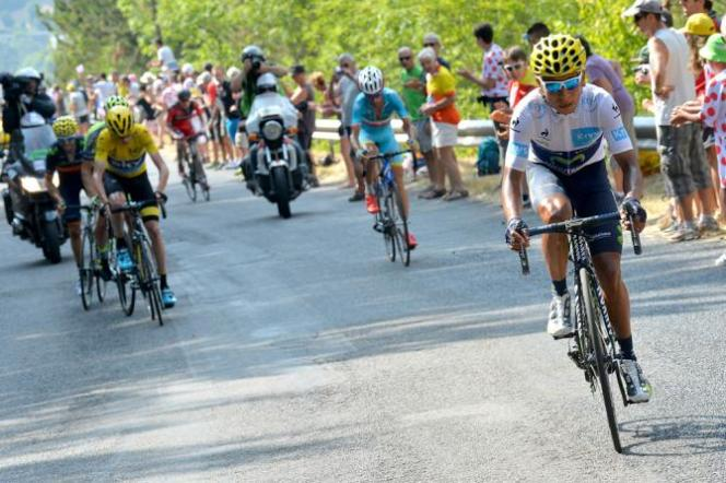 Nairo Quintana atacó y sobrepaso a Chris Froome y Vincenzo Nibali.