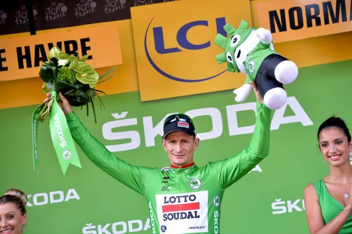 André Greipel continua vestido con la camisa verde.