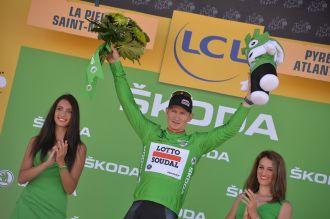 André Greipel vuelve a vestirse con la camisa verde. Tiene 3 puntos de ventaja sobre Peter Sagan.
