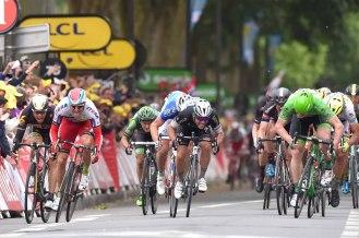 Un astuto sprint final, le dio la victoria a Greipel. (© Etixx - Quick-Step / Tim de Waele.)