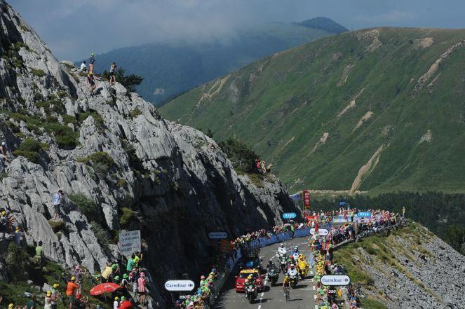 Así se veían las carreteras francesas en los últimos kilómetros de la etapa.