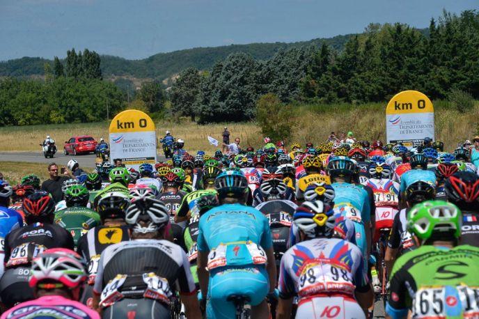 Inicio de la jornada #16 del Tour de France.