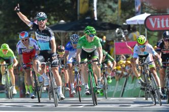 Mark Cavendish obtiene su victoria #26 en un Tour de France.