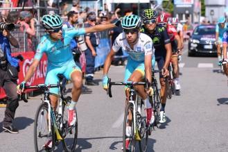 Mal día para Mikel Landa y Fabio Aru que pierden tiempo con Contador. (foto: ©Tim De Waele)