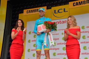 Vicenzo Nibali, ganó el premio a la combatividad.