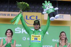 Peter Sagan viste la camisa verde.
