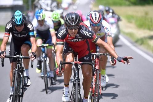 Philippe Gilbert liderando la fuga que alcanzó a tener 12 minutos de ventaja. (foto: ©Tim De Waele)