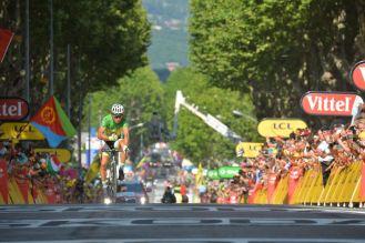 Peter Sagan cruzó 2º la línea de meta. Es la 16ª ocasión en lo corrido de la temporada en que ocupa el 2º lugar.