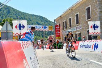 Serge Pauwels cruzó primero en col de Cabre, por delante de Thomas de Gendt, Boasson Hagen y Marco Haller.
