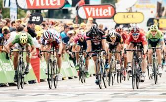 El sprint final estuvo lleno de emociones, 4 hombres lo dejaron todo.