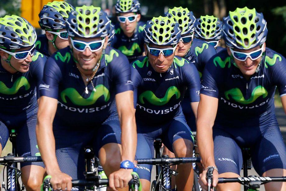 Equipo Movistar. Nairo Quintana al centro. (foto: Laurent Cipriani, AP)