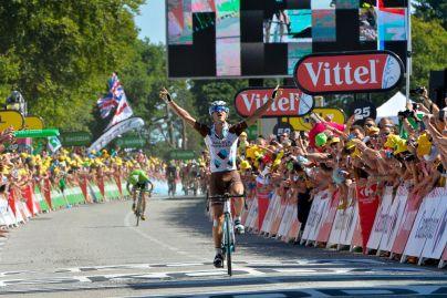 El francés Alexis Vuillermoz triunfó en la patria chica del legendario Bernard Hinault.