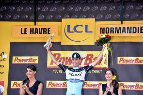 El vencedor de la 6a etapa, Zdenek Stybar se sube por primera vez al podio en un Tour de France.