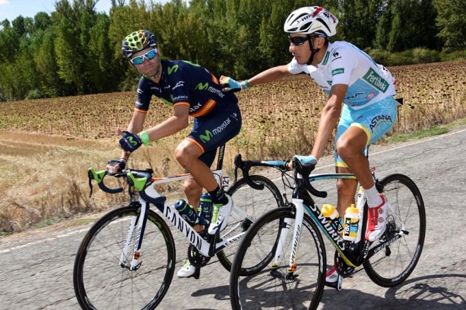 Aru y Valverde, los hombres que trataron de dar el golpe a Dumoulin.
