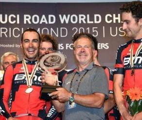 Ochowicz y sus pupilos repiten oro en los mundiales UCI.