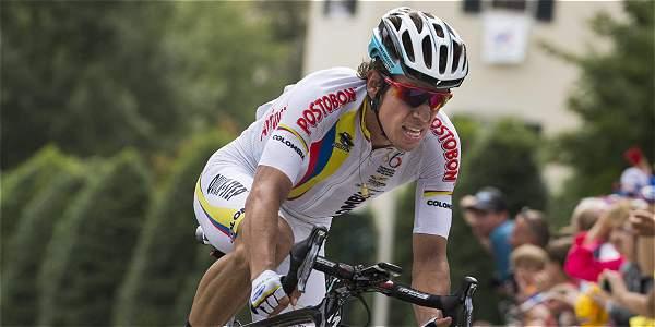 Rigoberto Urán intentó llegar a la punta en el último kilómetro.