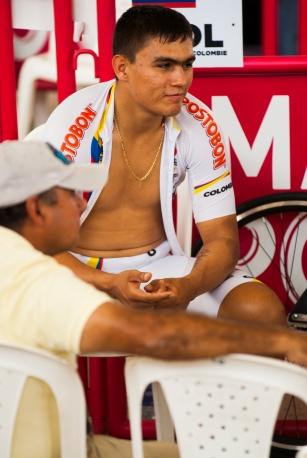 """Fabian """"Chispas"""" Puerta, previo a su clasificatorio en el Keirin. Día 2. Copa Mundo de Ciclismo de Pista. 2015 © LaCadenilla.com"""