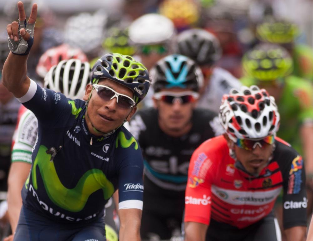 Cada paso de Quintana por la meta del circuito, se convertía en una sonora ovación de su pueblo, que lo adora incondicionalmente. (foto: © La Cadenilla 2016)