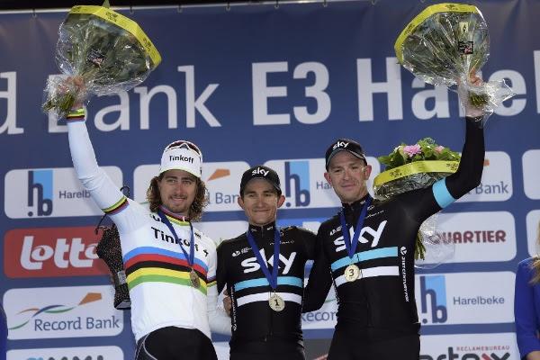 El podio lo completó Ian stannard. (Handout © Tinkoff Sport)
