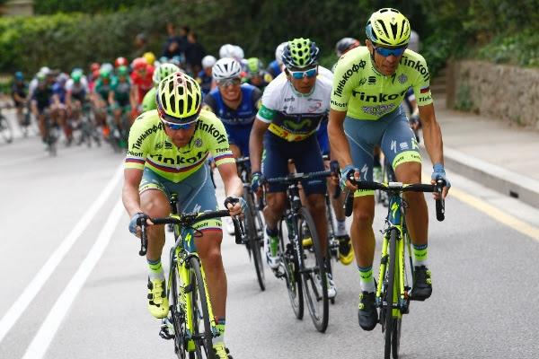 El instante del ataque de Contador sobre Montjuïc. (Handout © Tinkoff Sport)