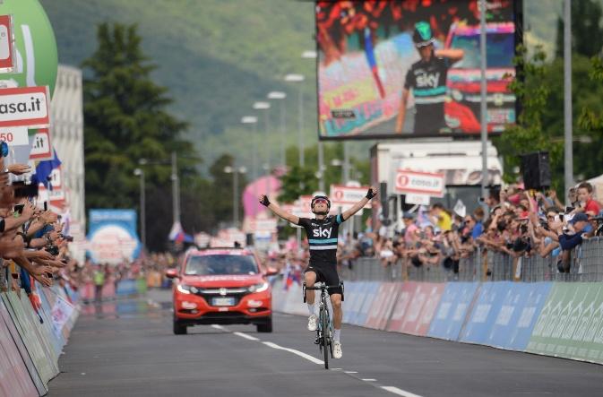 Mikel Nieve hizo una etapa impecable © Handout RCS Sport