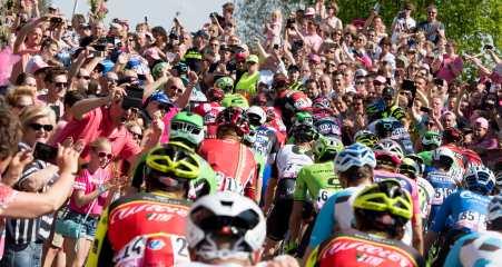 Emoción y fanatismo, fueron los protagonistas en Neijmegen © Handout RCS Sport