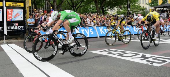 El ganador tuvo que se definido por foto finish © Handout A.S.O.
