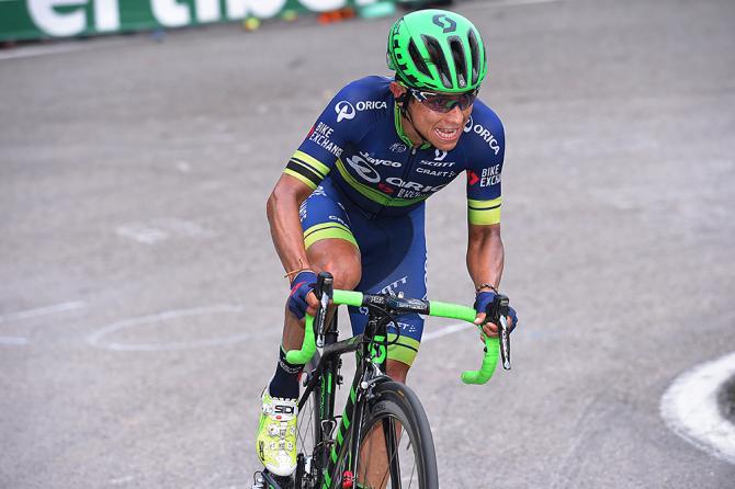Chaves tuvo un día difícil en Lagos de Covadonga, pero recuperó bien en el remate.