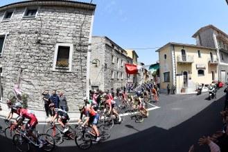Giro d'Italia 2017 - 100a edizione - Tappa 2 - da Olbia a Tortoli' - 211 km ( 131 miglia )