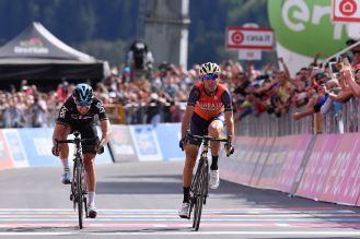 Giro d'Italia 2017 - 100a edizione - Tappa 16 - da Rovetta a Bormio - 222 km ( 137,9 miglia )